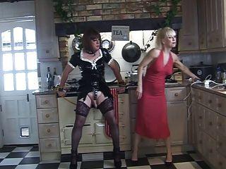Madame c e angelica na cozinha