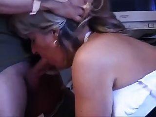 Mamãe com boobs flácidos flácidos \u0026 boceta saboroso