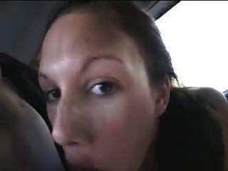 (Kalkgitkumdaoyna) fazendo sexo em um carro
