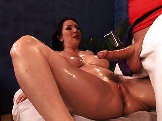 Massagem e sexo vestido