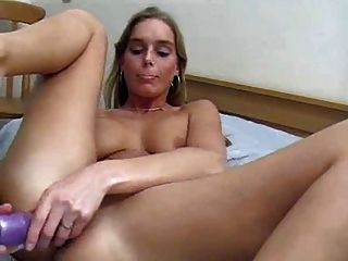 Dutch girl double dildo cumming hard