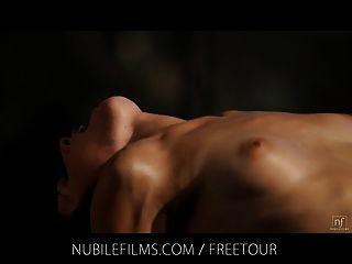 Nubile filmes sensual vixen vanessa sixxx fucks vizinho em