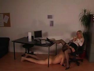 Ein tag im buero apenas outro (hj) dia no escritório