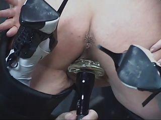Ruiva madura obtém sua buceta brincou então se acostuma
