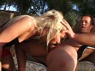 Tranny sexy em látex