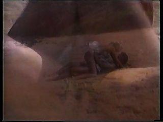 Peter north shags uma loira quente na praia