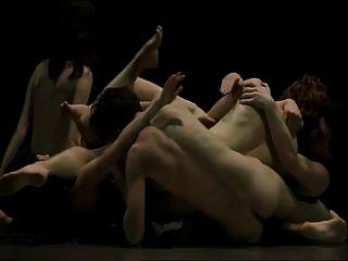 Performance de dança erótica 2 magma de nus