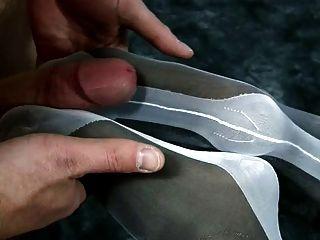 Footjob de camadas duplas de nylon