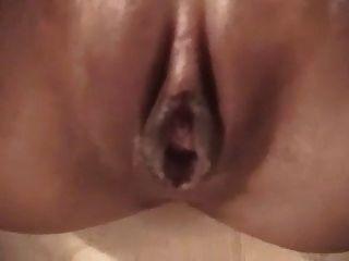Hot asian babe com um vibrador