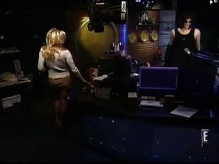Pamela anderson roupa quente