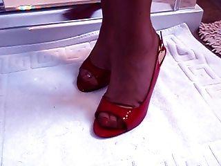 Modelo de fetiche pé maduro com pés incríveis