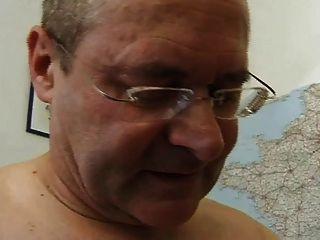 Francês maduro 26 peludo mom milf e um velho homem