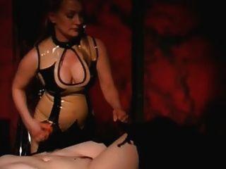 Tortura e escravidão lésbicas