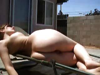 Quintal, tomando sol
