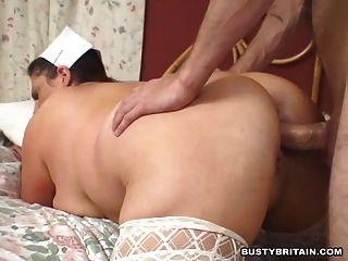 A enfermeira grande dos melharucos dá o relevo