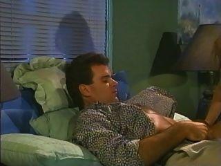 Sittin pretty (1990) filme pornô completo