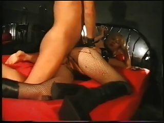 Fumar femdom prostituta alemão
