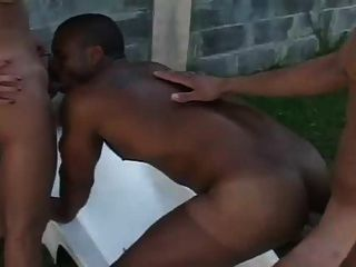 Transsexual foda com bissexuais