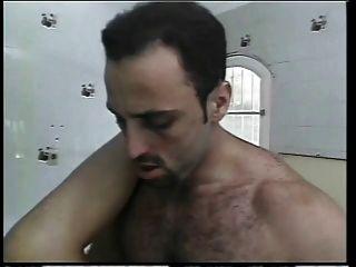 Cadela transexual sexy faz anal