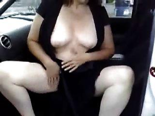 Masturbação no meu carro em um lugar de estacionamento