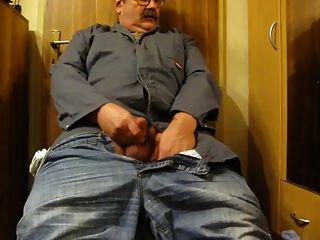 Papai acariciando