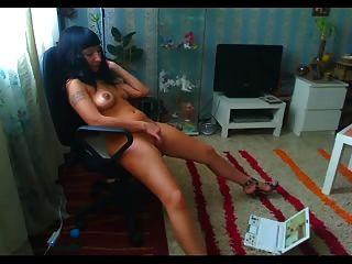 Milf assistindo pornografia