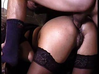 Bonito anal maduro retro