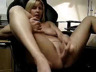 Grande masturbação da minha mulher vagabunda.amador