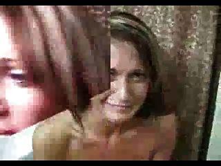 Porn blooper: guy cums em seu cabelo e ela vira para fora