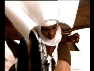 Namorada beata (a freira de ébano) # 1