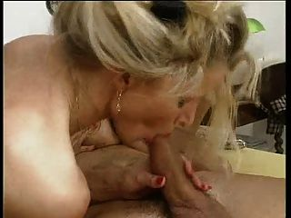 Amateur porn pics beth manila
