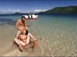 Trio na praia por snahbrandy
