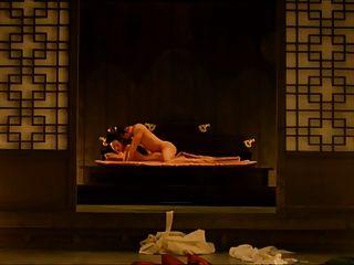 A concubina (2012) jo yeo jeong scene3