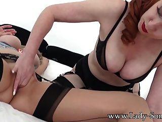 Lady sonia no sexo lésbica quente com milf xxx vermelho