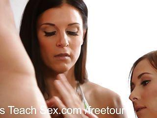 Threesome momsteachsex com minha mãe passo quente