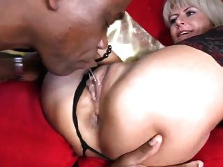 Milf sexy leva bbc