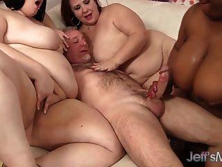 4 horny bbw fodendo um homem sortudo