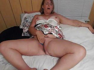 Esposa, tocando, seu, bichano