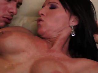 Sexy milf anal e andorinha cum (milf superior)