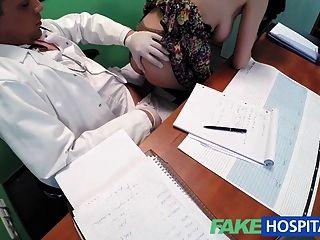 Fakehospital busty beleza precisa de médico para mantê-la secreta