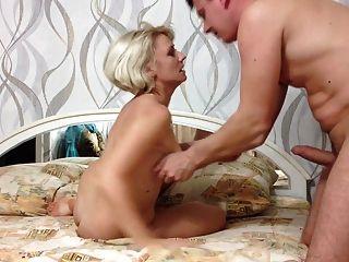 Homem foda russo peludo mulher madura