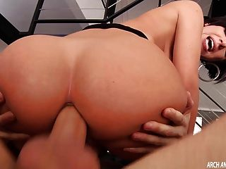 Jada stevens ass gira galo para sexo anal duro