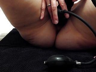 2 dildos infláveis na buceta