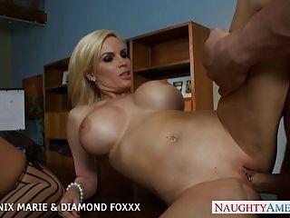Blondes phoenix marie e diamante foxxx fuck in foursome