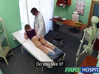Fakehospital médicos trusty galo ignora o idioma
