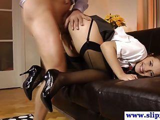 Euro schoolgirl babe rides geriatria galo