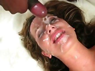 Me dê seu esperma no meu rosto