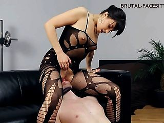 Feminino facesitting bodystocking