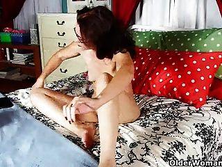 Todos nós sabemos que as mulheres gostam de pornô tanto quanto os homens fazem