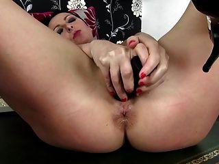 Mãe madura sexy com buraco hungry ass